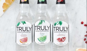truly-spiked-sparkling-drinkmemag-com-drink-me